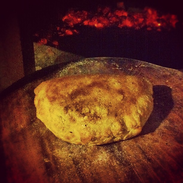 Adoboloco-Calzone-Before-Cutting