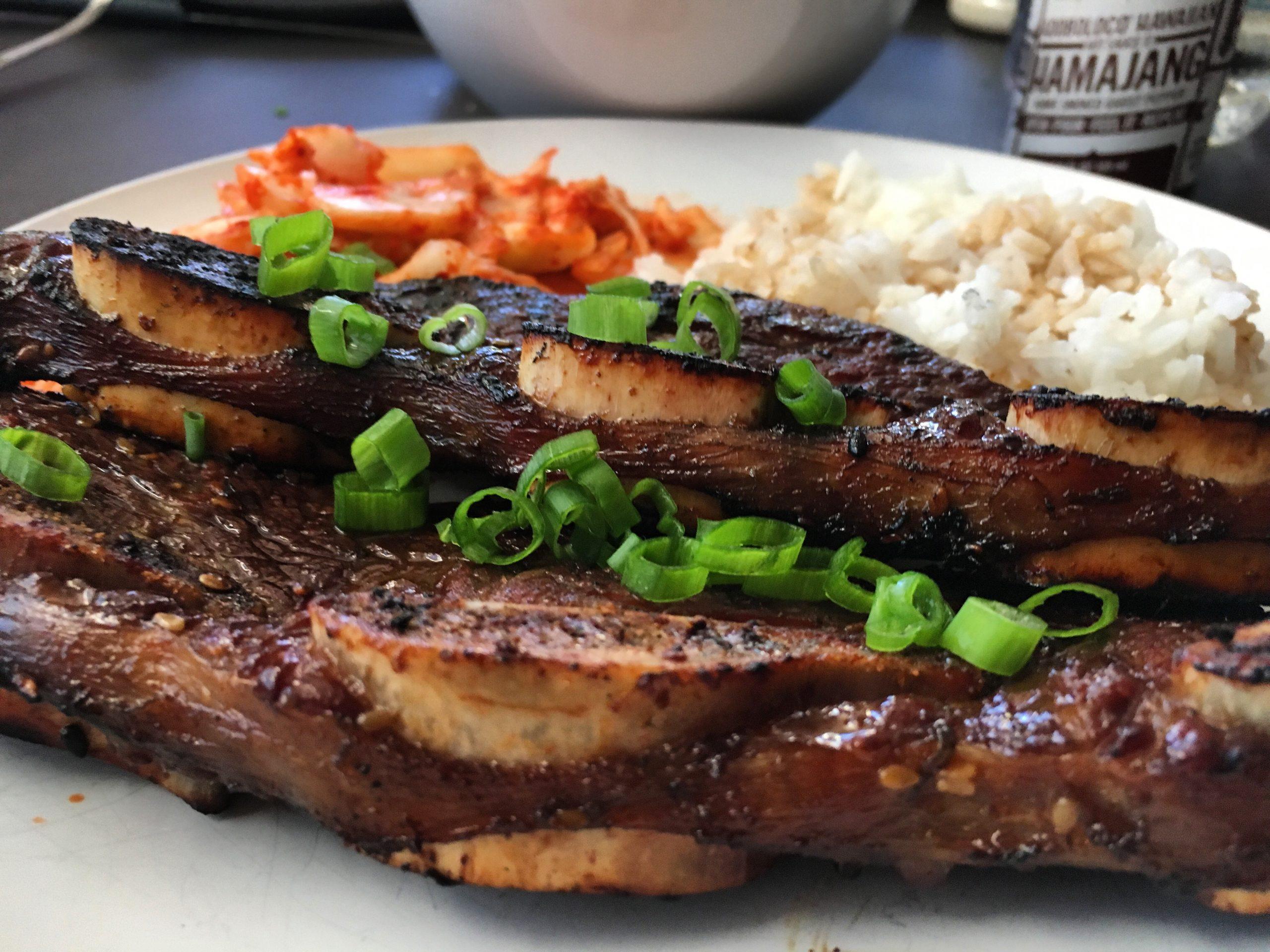 Adoboloco Pau Hana Hawaiian Barbecue kalbi ribs